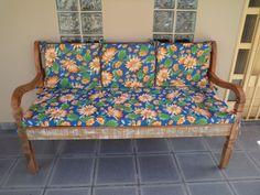 Fabricação de almofadas para assento e encosto.