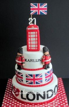 by Sweet Carolyn I would die for this cake DREAM CAKE RIGHT HERE <3<3