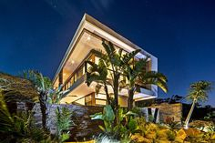 Aloe Ridge House by Metropole Architects Majestic Residence in South Africa Pours the Exotic Landscape Inside Amazing Buildings, Modern Buildings, Interior Architecture, Minimal Architecture, Concrete Architecture, Interior Design, Home Focus, Aloe, Green Landscape