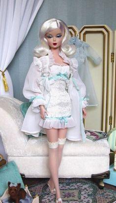 NRFB The Ingenue 2007 Barbie Doll