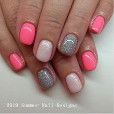The advantage of the gel is that it allows you to enjoy your French manicure for a long time. There are four different ways to make a French manicure on gel nails. Cute Summer Nail Designs, Cute Summer Nails, Cute Nails, Pretty Nails, Summer Design, Pink Nails, Glitter Nails, My Nails, Stiletto Nails