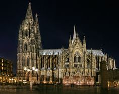 Billedresultat for gothic church Dom, Cathedral, Gothic, Building, Perspective, Night, Architecture, Pictures, Germany