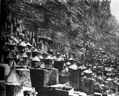 """Cliff dwellings of the Dogon tribe (Sudan), from Bernard Rudofsky's """"Architecture Without Architects"""""""