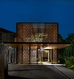 Thoughts on this house? House 24 designed by Architects: Park Associates. Edward Hendricks - Architecture and Home Decor - Bedroom - Bathroom - Kitchen And Living Room Interior Design Decorating Ideas - Tropical Architecture, Brick Architecture, Architecture Awards, Residential Architecture, Home Modern, Modern House Design, Modern Interior Design, Design Exterior, Facade Design