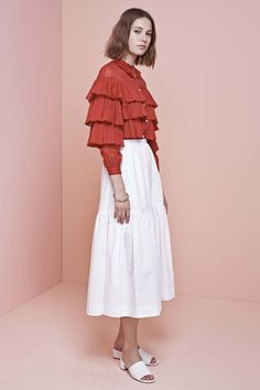 >>>Pandora Jewelry OFF! >>>Visit>> Jill Stuart Resort 2017 Fashion Show Fashion trends Fashion designers Casual Outfits Street Styles Fashion 2017, Runway Fashion, High Fashion, Fashion Show, Fashion Outfits, Fashion Trends, Dress For Summer, Spring Summer, Quoi Porter
