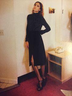 Fishnet stockings, dotted blouse, pencil skirt, Alexa Chung, Costume Danmark