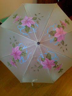 Detalles de FELI.: Paraguas pintados a mano. Fancy Umbrella, Dome Umbrella, Under My Umbrella, Cool Umbrellas, Umbrellas Parasols, Umbrella Painting, One Stroke Painting, Singing In The Rain, Bottle Painting
