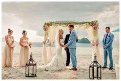 Inspirations On Simple But Still Amazing Beach Wedding Ideas | HomesComfort.Com