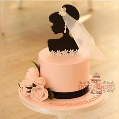 Gorgeous Bridal Shower Cake by @sweetmomentsq That Cake Topper #Cakebakeoffng #CBOcakes #AmazingCakes #CakeInspiration