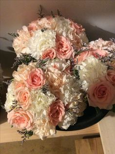 Peach and white bridesmaids bouquets. Bridesmaid Bouquet White, Wedding Bouquets, Bridesmaids, Wedding Flowers, Wedding Flower Packages, Groomsmen Boutonniere, Flower Packaging, Flower Making, Floral Wreath