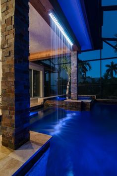Lucas Lagoons Soothing Water Room on Longboat Key Swimming Pool Fountains, Swimming Pools Backyard, Swimming Pool Designs, Modern Pool House, Modern Pools, Water Wall Fountain, Swimming Pool Architecture, Water Curtain, Living Pool