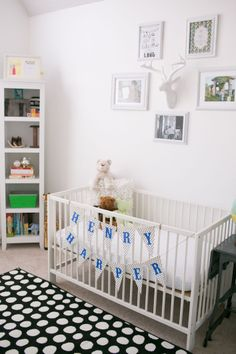 Henry's Bright, White Abode (Bookshelf)