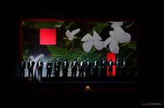 2012 Petruzzelli di Bari, regia scene e costumi Denis Krief