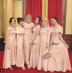 Sabrina dress for bridesmaid attire color : peach