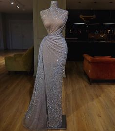 Evening Gowns New York Dresses Elegant Dresses, Pretty Dresses, Luxury Dress, Mode Outfits, Beautiful Gowns, Stunning Dresses, Beautiful Bride, Dream Dress, Look Fashion
