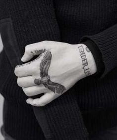 Ideas Tattoo For Guys Hand Knuckle – Tattoo – – Tattoo World Good Family Tattoo, Family Tattoos For Men, Hand Tattoos For Women, Knuckle Tattoos, Forearm Tattoos, Sleeve Tattoos, Finger Tattoos, Small Hand Tattoos, Fake Tattoos
