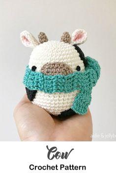 Beginner Amigurumi Crochet Patterns - Tips - A More Crafty Life Make a cute cow. Beginner Amigurumi Crochet Patterns - Tips - A More Crafty Life Crochet Kawaii, Crochet Cow, Crochet Motifs, Cute Crochet, Crochet Crafts, Crochet Dolls, Crochet Dragon, Flower Crochet, Crochet Animal Patterns