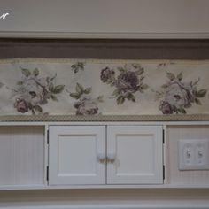 フレンチな 壁面収納 作り方 DIY | DIYでシャビーシックなインテリア&ガーデニング Decor, Furniture, Curtains, Home, Interior, Roman Shade Curtain, Home Decor