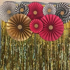 Hot Pink Black and Gold Glitter Pink and Black Glitter 40th Party Decorations, Diwali Decorations, Paper Rosettes, Paper Flowers, Pink And Gold, Pink Black, Hot Pink, White Gold, Crafts