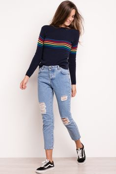 Summer outfits rainbow sweater look com tenis, outfit, rainbow clothes, rainbow outfit Tumblr Outfits, Trendy Outfits, Cute Outfits, Look Fashion, Teen Fashion, Fashion Outfits, Fashion Trends, Fashion Design, Winter Outfits