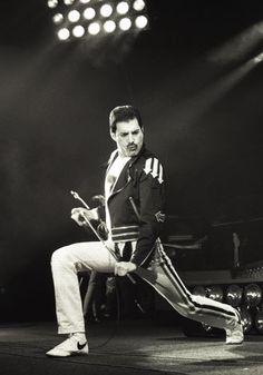 fuckyeahfreddiemercury! Freddie Mercury, Rock N Roll, Queen, Concert, Happy Birthday, Poland, Nostalgia, 80s Party, 1980s