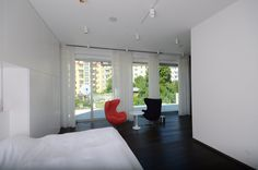 #diamonddeesigncz #diamonddesigneu #curtains #drapery #sheers #imbetween #luxuryliving #styleliving #sunprotection #zastineni #fabrics #designfabrics #luxuryfabrics #interiordesign #interierovydesign #zavesy #zaclony #textile #designovelatky #stylovezavesy #divcipokoj #loznice #bedroom #nebesa Drapery, Curtains, Roman Blinds, Decorative Cushions, Pent House, Luxury Living, Carpet, Windows, Interior Design