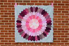 Bloom Quilt by jenib320, via Flickr, http://www.incolororder.com/2012/07/bloom-quilt.html#