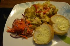 Chicken macaroni cheese using shell pasta with tomato mint salad