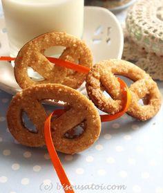 Bisous À Toi: Kjeldsens Danish Butter Cookies look alike