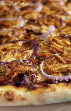 Barbeque Chicken Pizza recipe from Jenny Jones (JennyCanCook) - Wow. Make it from scratch in 45 minutes. #pizza #jennyjones