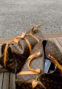 Louis Vuitton weekend Luggage