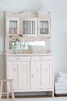 buffet shabby chic antiker k chenschrank shabby chic. Black Bedroom Furniture Sets. Home Design Ideas