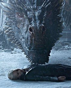 game of thrones Im still really scarred from this scene . Game Of Thrones Tattoo, Tatouage Game Of Thrones, Art Game Of Thrones, Game Of Thrones Facts, Game Of Thrones Dragons, Got Dragons, Game Of Thrones Quotes, Game Of Thrones Funny, Mother Of Dragons