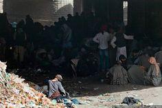 DROGADICTOS EN AFGANISTÁN Reportaje fotográfico de drogadictos en Afganistán.... Enlace al artículo: http://www.malditoinsolente.com/index.php/pura-imagen/fotografia/reportajes-graficos/4528-drogadictos-en-afganistan