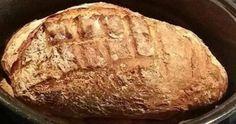 Δεν θα το πιστεύετε! Ένα ψωμί με μαγιά που ασχολείστε 10΄ μαζί του, το βάζετε στη γάστρα και αυτό ήταν όλο. Τα υπόλοιπα τα αναλαμβάνει ο φούρνος σας. Greek Cooking, Greek Recipes, Banana Bread, Recipies, Food And Drink, Sweets, Desserts, Breads, Knits