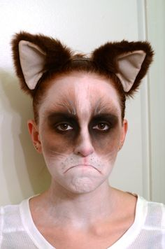 Grumpy Cat face makeup- This is brilliant! But wow! It would be hard to hold that facial expression all night.