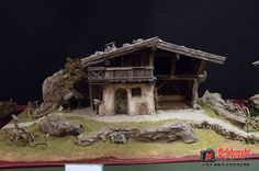 Krippenausstellung 2016 - Krippenverein Seefeld - Pin to Pin Crib Decoration, Portal, Diorama, Cribs, Diy And Crafts, Scenery, Christmas Decorations, House Styles, Nature