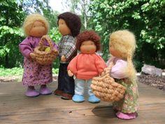Little waldorf dollhouse dolls.
