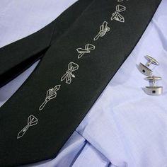 Krawat z instrukcją wiązania / A tie with tutorial :)