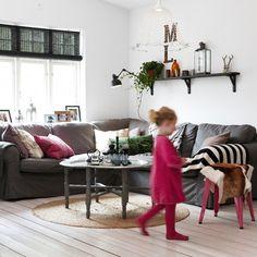 gray and pink (via IKEA) Grey Sofa Inspiration, Living Room Inspiration, Interior Inspiration, Living Room Modern, My Living Room, Living Spaces, Industrial Style Lamps, Ektorp Sofa, Sofa Set Designs