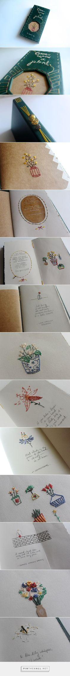detalles de bordados en libro
