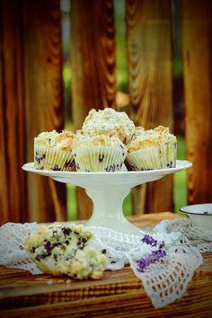 SŁODKI KOMPROMIS: Kokosowe muffinki jagodowe