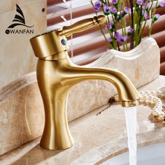 (54.45$)  Watch now - http://aigw9.worlditems.win/all/product.php?id=32792796453 - Bathroom Faucet Antique bronze finish Brass Basin Sink Faucet with ceramic Single Handle water taps new style 6661F