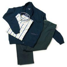 Camisa casual Rochas, pantalón casual Gino Gabuchi, suéter Emporium.