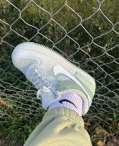 Dr Shoes, Swag Shoes, Nike Air Shoes, Hype Shoes, Me Too Shoes, Nike Socks, Denim Shoes, Jordan Shoes Girls, Girls Shoes