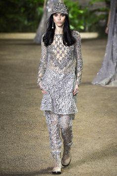Sfilata Elie Saab Parigi - Alta Moda Primavera Estate 2016 - Vogue