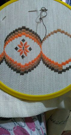 1 million+ Stunning Free Images to Use Anywhere Bargello Needlepoint, Bargello Quilts, Broderie Bargello, Needlepoint Stitches, Needlework, Swedish Embroidery, Hand Embroidery Kits, Simple Embroidery, Cross Stitch Embroidery