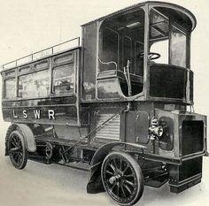 vintage everyday: London Railroad employed steam buses in Volkswagen Golf, Bus Vw, Volkswagen Beetles, Porsche 356, Vintage Trucks, Old Trucks, Chevy Trucks, Camping Car Van, Classic Trucks