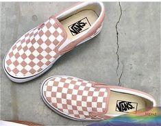 94 Ideas For Vans Sneakers Shoes Summer - Shoes Ideas Vans Shoes Fashion, Sneakers Shoes, Pink Slip On Vans, Pink Vans, Dream Shoes, Crazy Shoes, Me Too Shoes, Blush Shoes, Cute Vans