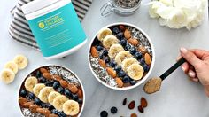 As a nutritious breakfast or a post-dinner power dessert, this Chocolate Collagen Power Protein Smoothie will no doubt be the highlight of your day! Detox Breakfast, Nutritious Breakfast, Nutritious Snacks, Yummy Snacks, Low Carb Smoothies, Vegan Smoothies, Smoothie Recipes, Strawberry Kale Smoothie, Smoothie Bowl